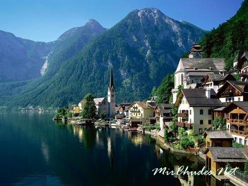 Хальштатт (Hallstatt) — Городок Австрии на живописном озере Hallstattsee, окруженный природой удивительной красоты.