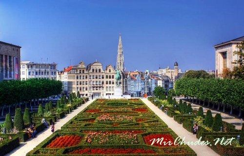 Гранд Плас — историческая площадь в центре Брюсселя