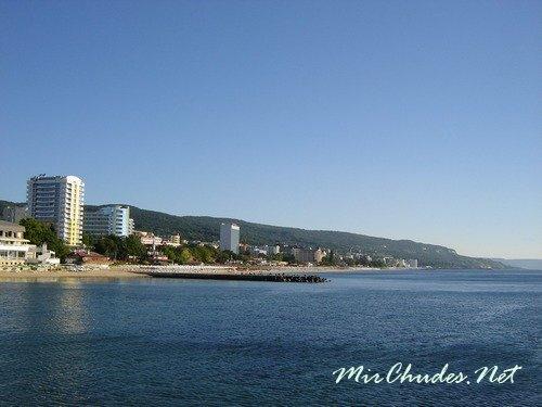 Золотые Пески — знаменитый курорт Болгарии