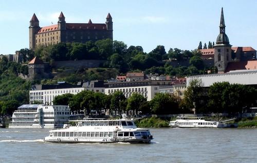 Братислава — младшая сестра Праги.