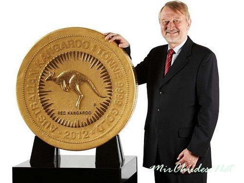 1 миллион канадских долларов — самая большая по номиналу, по рамеру и весу монета из металла в мире до 2011 года