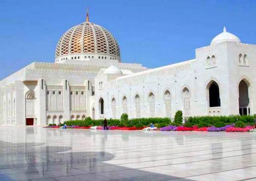 Мечеть Байтул-Мукаррам - главное украшение столицы Бангладеша.