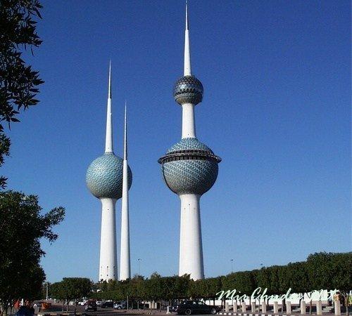 Три Башни — самая посещаемая достопримечательность Эль-Кувейта.