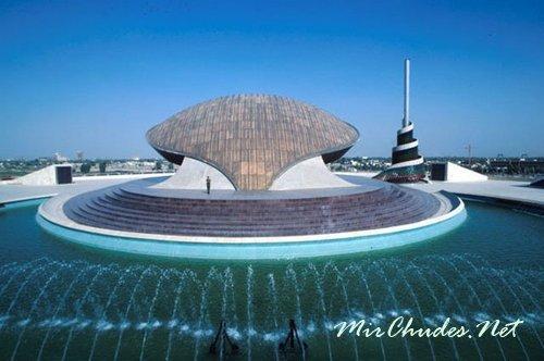 Багдад — крупнейший торговый и культурный центр Ближнего Востока.