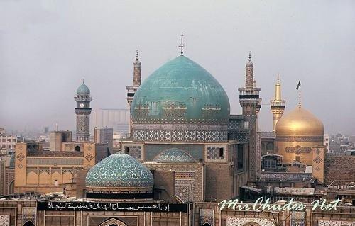 Иран славится множеством мечетей и минаретов.
