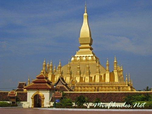 Лаос — Город Золотых храмов.