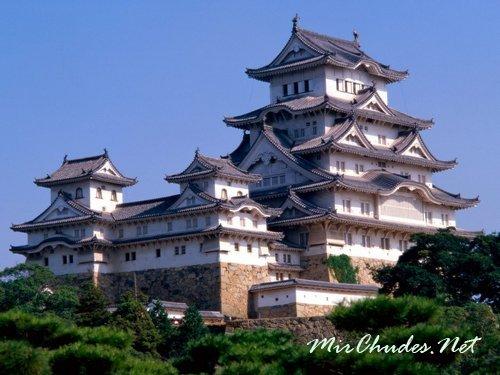 Замок Химэдзи (Замок белой цапли) — один из самых красивых замков Японии.
