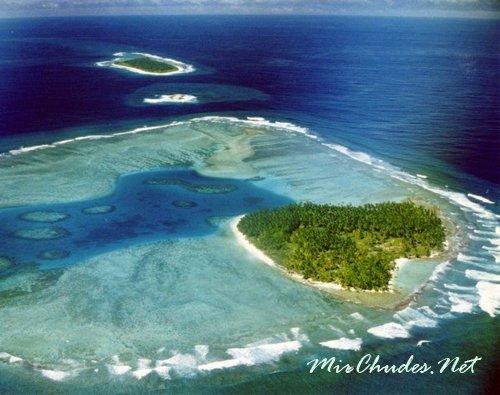 Острова Чагос — архипелаг из семи атоллов с более чем 60 островами в Индийском Океане.