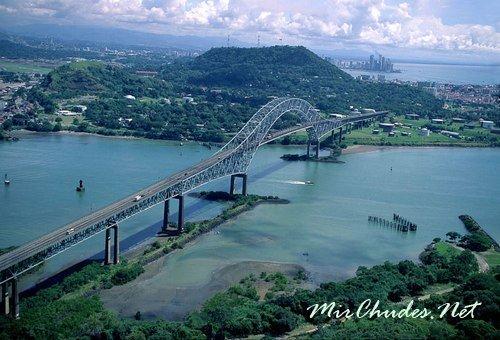 Панамский канал — один из самых протяжённых искусственных водных путей в мире.
