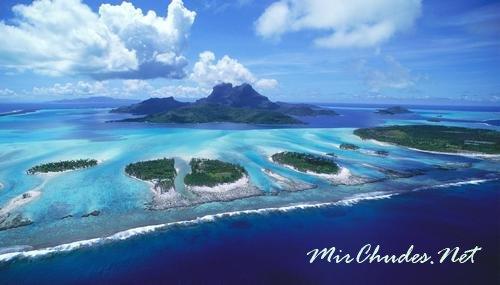 Бора-Бора — один из 118 островов Французскаой Полинезии и Райский уголок в Тихом Океане.
