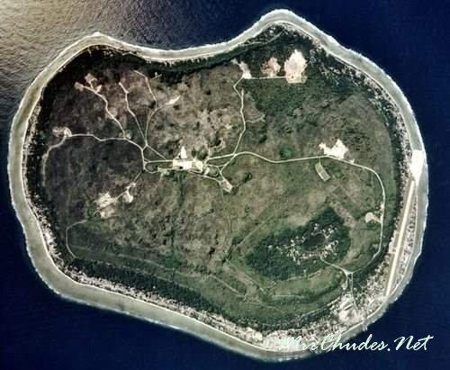 Науру — одно из самых маленьких государств в мире с площадью всего в 21 км<sup>2</sup> и единственная в мире республика без официальной столицы.