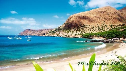 Скалистые пляжи Кабо-Верде