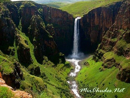 Maletsunyane — самый высокий водопад в Южной Африке.