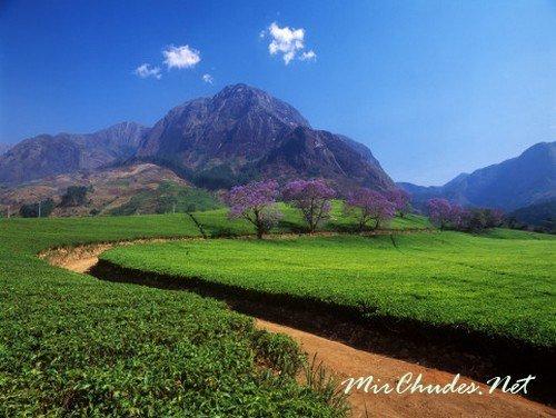 Живописные горы Муланье — самое лучшее место для пешеходных и велосипедных прогулок.