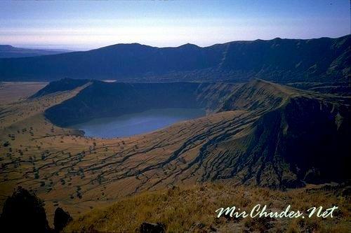 Горы Джебель Марра — одни из удивительных природных ценностей.