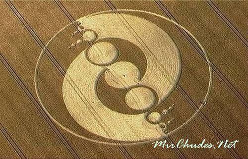 Загадочные круги на пшеничном поле.