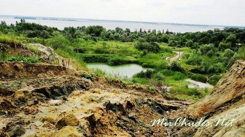 Озеро с Голубой Глиной в селе Стайки.