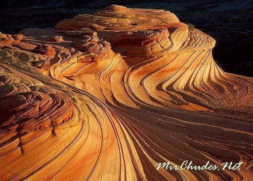 Причудливые образования Гранд Каньон - будто волны сказочного моря.