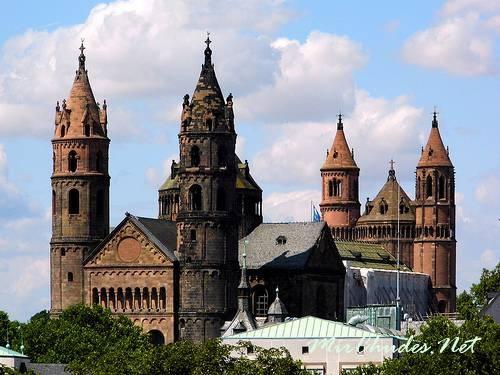 Имперский собор в Вормсе (Германия).