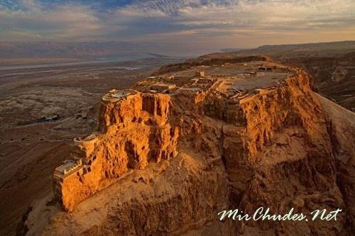 Масада — неприступная крепость царя Ирода.
