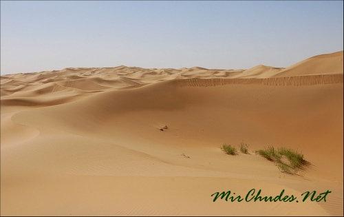 Пески пустыни Кузупчи на севере Ордоса.