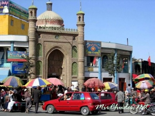Хотан — оазис и город на юго-востоке Синьцзян-Уйгурского автономного района Китая.