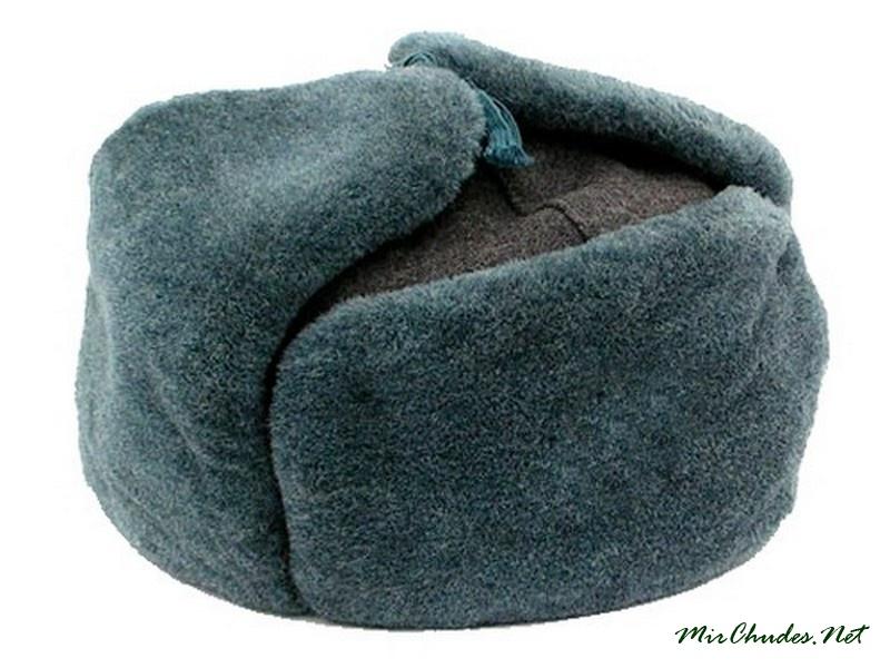 Русская шапка-ушанка произошла от монгольского малахая. Предками шапки-ушанки  были головные уборы разных народов. Впрочем a7819e5da3066