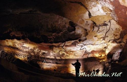 Пещера Ласко - галерея живописи каменного века.
