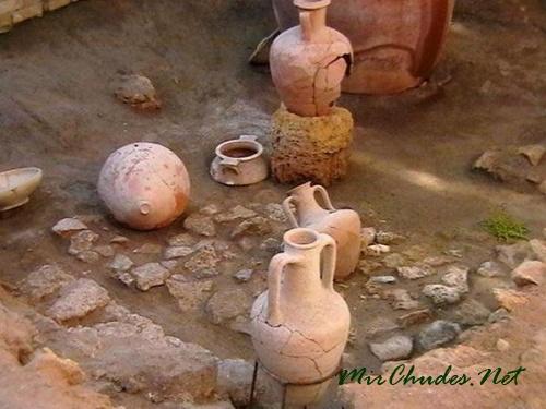 Впервые термин «виртуальная археология» прозвучал в 1990 году.