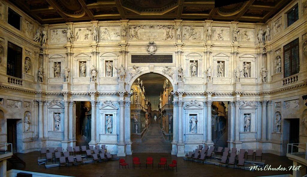Картинки по запросу 1585 - Представлением трагедии Софокла «Царь Эдип» в Виченце открылся театр «Олимпико».