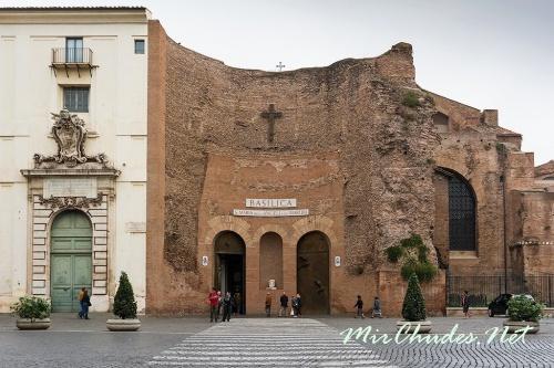 Церковь Санта-Мария дельи Анджели э деи Мартири
